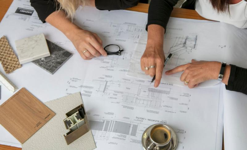 Humphrey Homes reading floorplans